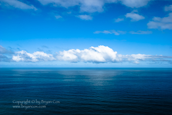Image of the Pacific ocean on a sunny day