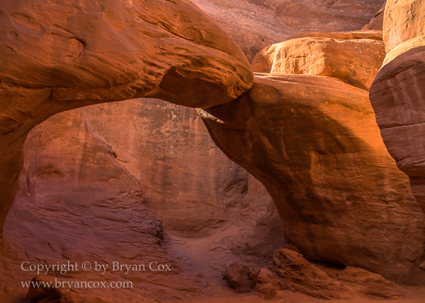 Image of Sand Dune Arch